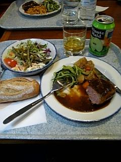 プルミエールヴィジョンでのお食事【布生地の通信販売a-priori(アプリオリ)】